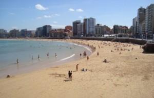 Playa de San Lorenzo, Gijón. Imagen: © V. Yepes
