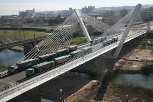 Prueba de carga del puente Príncipe de Viana (Lérida), de Javier Manterola