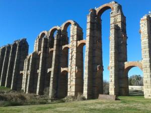 Acueducto de los Milagros (Mérida)