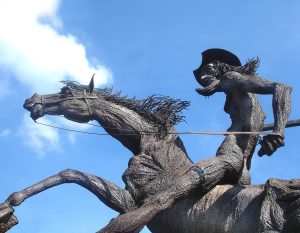 don-quixote-statue-677914_960_720