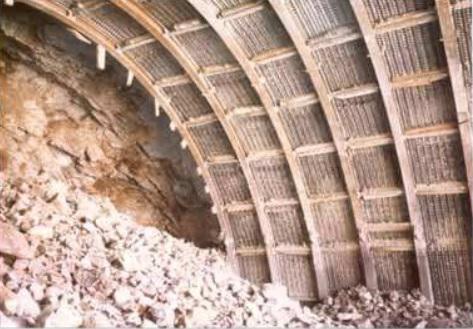 Construcción con método Bernold. Túnel de Jeresa (Fotografía: M. Romana)