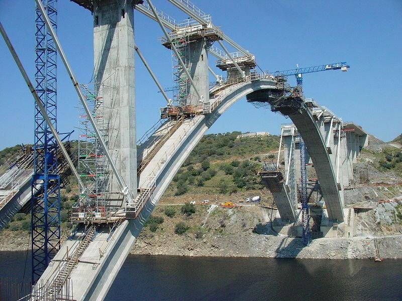 A-66._construcci%c3%b3n_del_puente_sobre_el_r%c3%ado_almonteretoc
